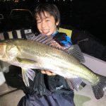 放課後に千葉港 TARGETでボートシーバスもいいんじゃない? 初めての釣りも教えます!