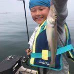夏休みの思い出作りに東京湾でマゴチ&シロギス釣り!お土産が釣れて楽しめます!