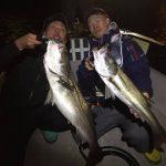 ヘビーロッドとデカイルアーにランカーシーバスヒット! 東京湾で釣れてます!!