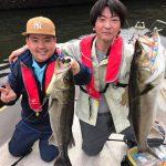 1キャストでシーバスが7バイト?! 秋のような釣れ方、千葉県東京湾ボートシーバス