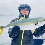 70cmの良型ワラサあがりました!シーバスやイナダも釣れる何でも釣りでした!