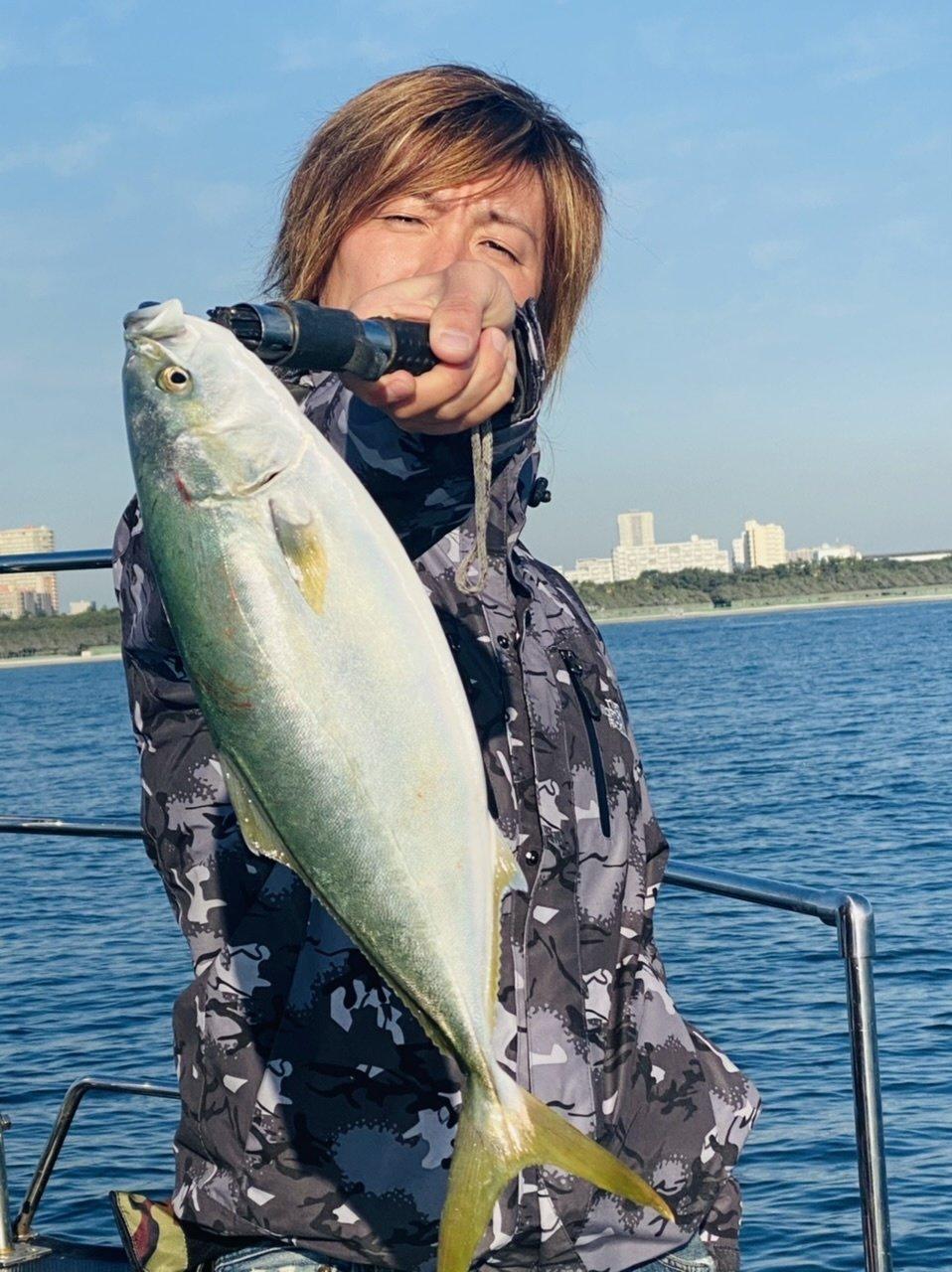 11/26 千葉県東京湾 青物&シーバス釣り TARGET