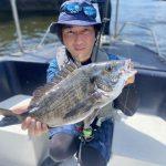 黒鯛釣りの調子がいい1日!初のお客様にも釣っていただきました!