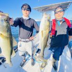 シーバス、ワラサ、イナダのフィーバー!鳥山で雰囲気アリアリの釣行でした!